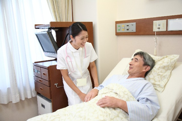 シングルマザーに看護師はおすすめ資格なのか?看護師の厳しさを確かめる